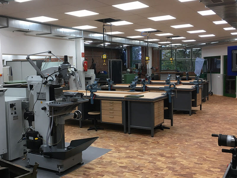 Zweijährige Fachoberschule für Metalltechnik